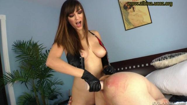 2 Holly Michaels