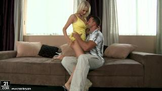 Mandy Dee Cheating Whore Wife