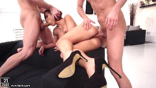 Katie Fuckdoll (Double Pounding for her Ass)